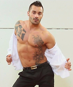 Spanish-male-stripper
