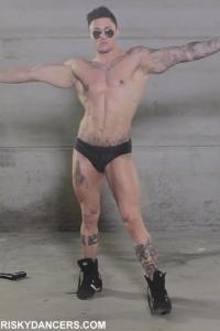 Muscle guy dancing