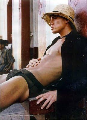 Channing Tatum sexy posing