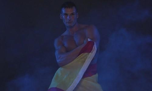 Spanish male revue dancer